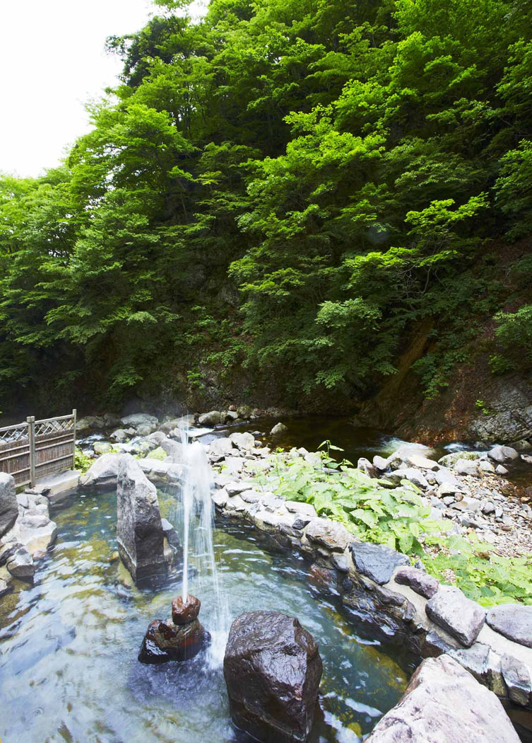 山形県米沢市 大平温泉滝見屋