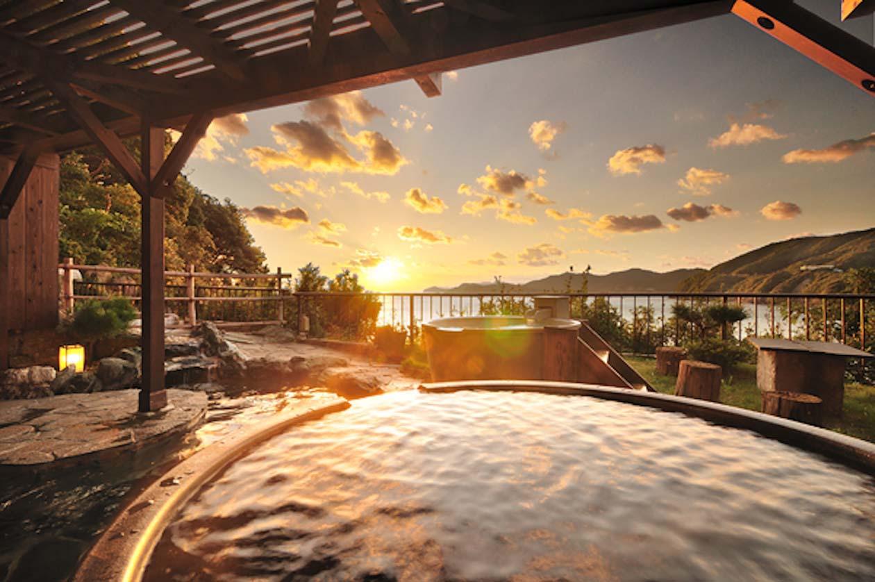 三重県志摩市新浜島温泉 プレミアリゾート 夕雅 伊勢志摩 露天風呂「みたびの湯」
