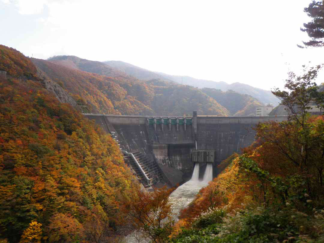 岩手県西和賀町 ダムカレー湯田貯砂ダムカード提示による割引特典