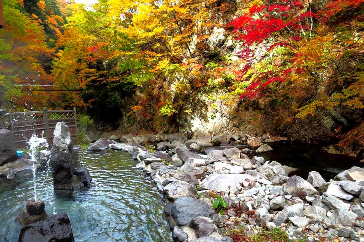 山形県米沢市 大平温泉 滝見屋
