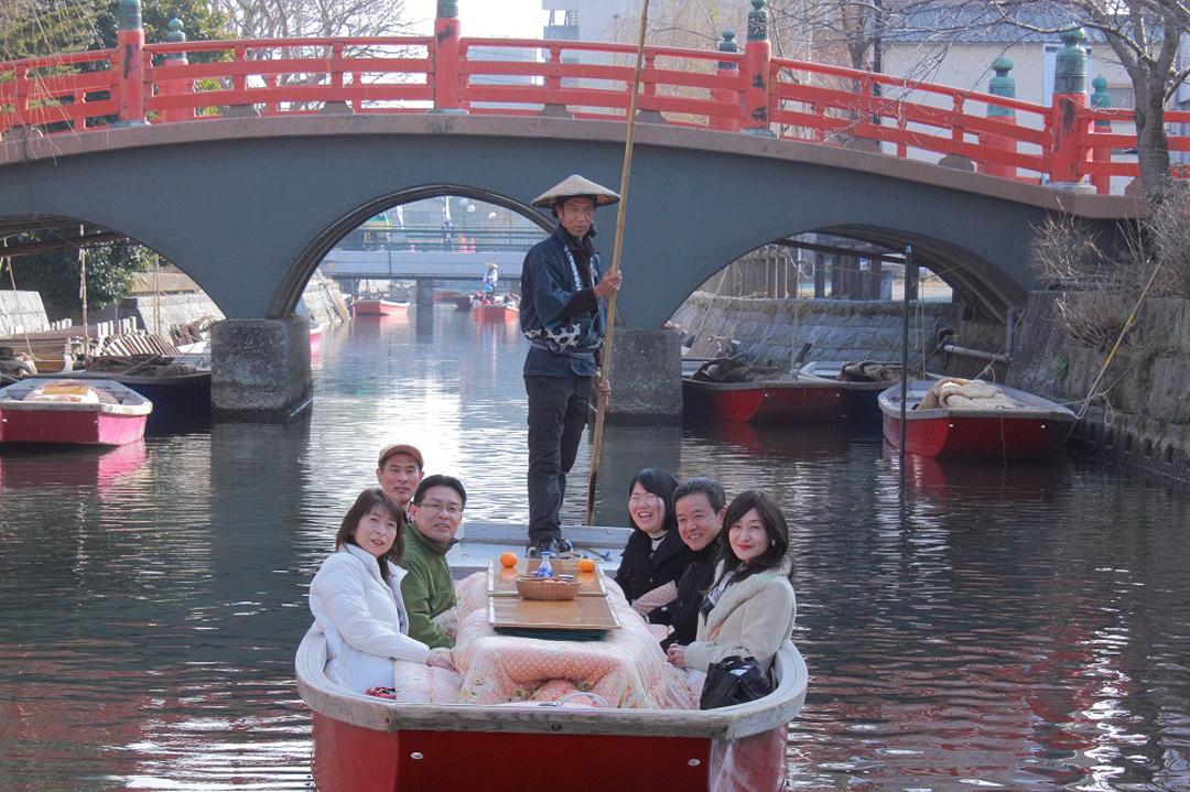 福岡県柳川川下り こたつ船