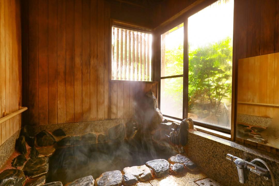 宮城県仙台市の秋保温泉の老舗宿・岩沼屋 宿泊者専用の貸切湯