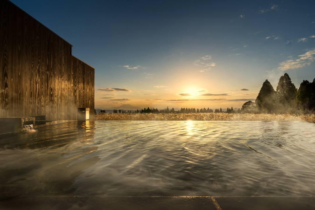 星野リゾート 界 霧島の絶景露天風呂